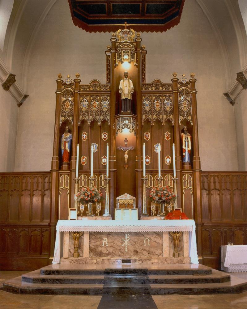 st_vincent_de_paul_church_high_altar_web[1]