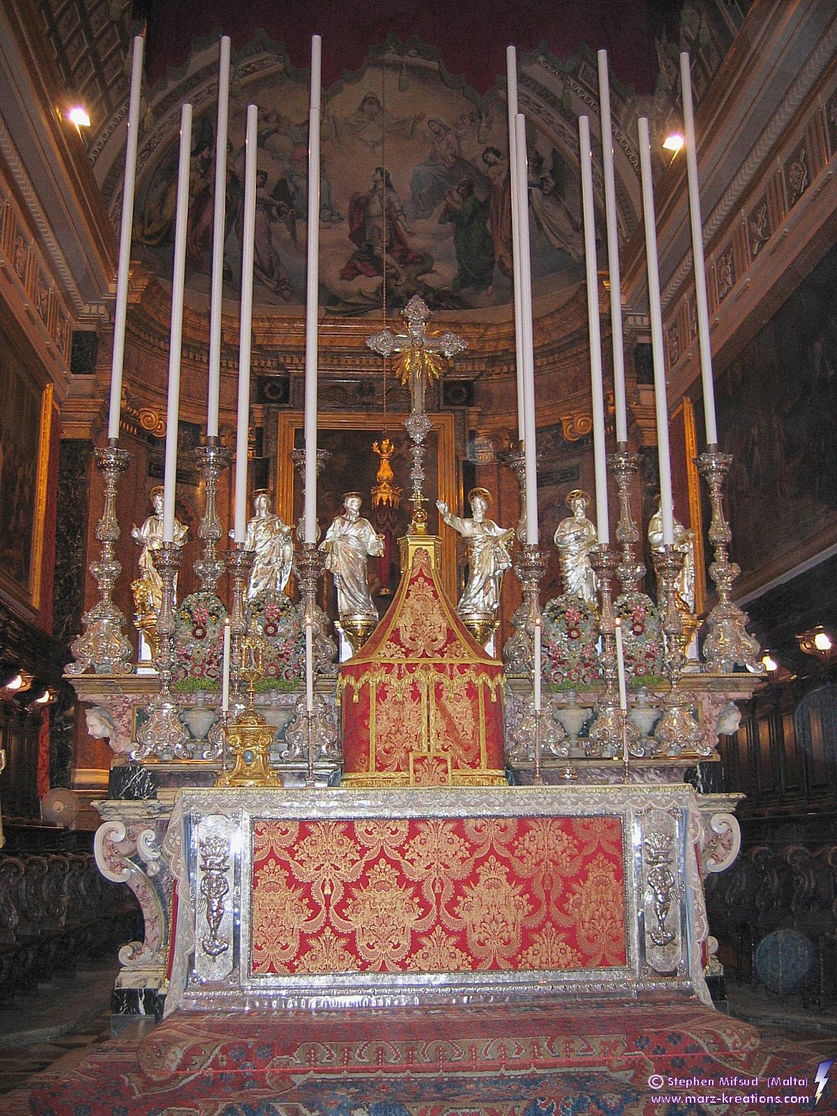 GorgFeast-Church_MainAltar[1]