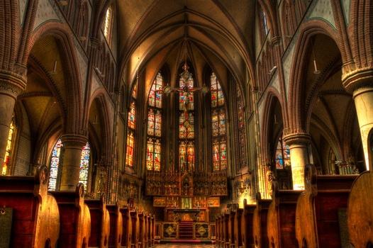 church-cathedral-catholic-christianity-medium[1]