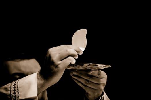 eucharist-body-of-christ-church-mass-magnificat-media-radio-1